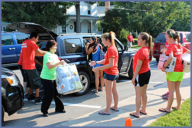 Move in Day - Students with parents